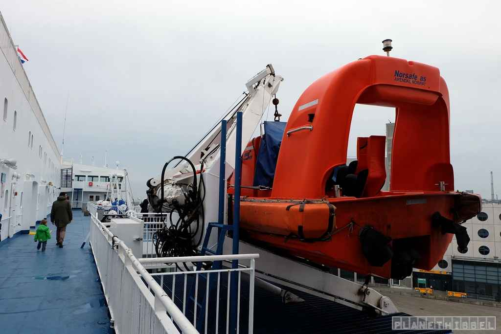 dfds9