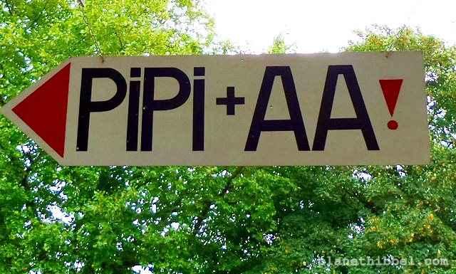 Pipi und Aa! So isses und nicht anders.