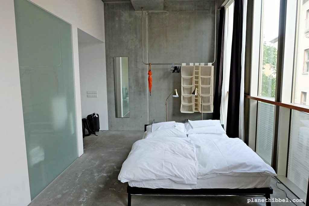 stylish wohnen mit kindern das miniloft in berlin mitte planet hibbel. Black Bedroom Furniture Sets. Home Design Ideas