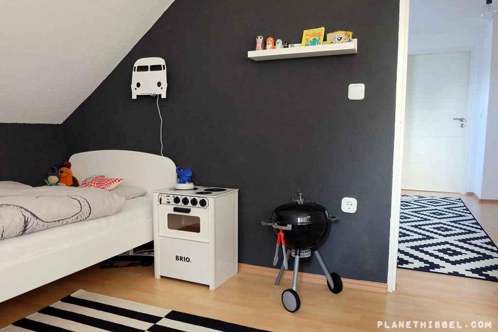 leben auf gut hibbel ein neues kinderzimmer muss her planet hibbel ein reiseblog f r familien. Black Bedroom Furniture Sets. Home Design Ideas